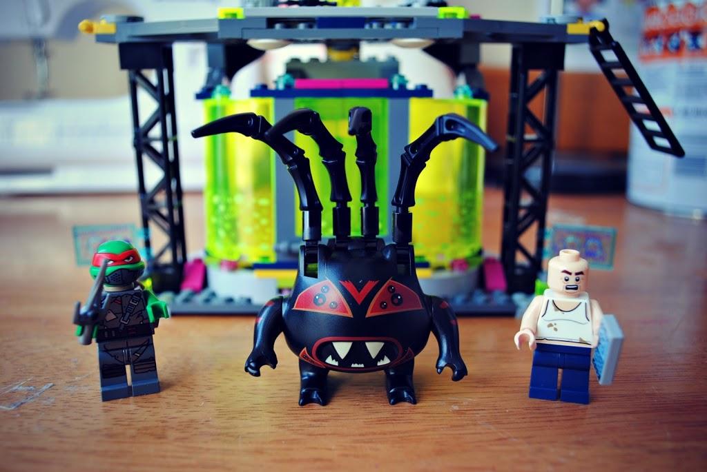 Teenage-Mutant-Hero-Turtle-Lego