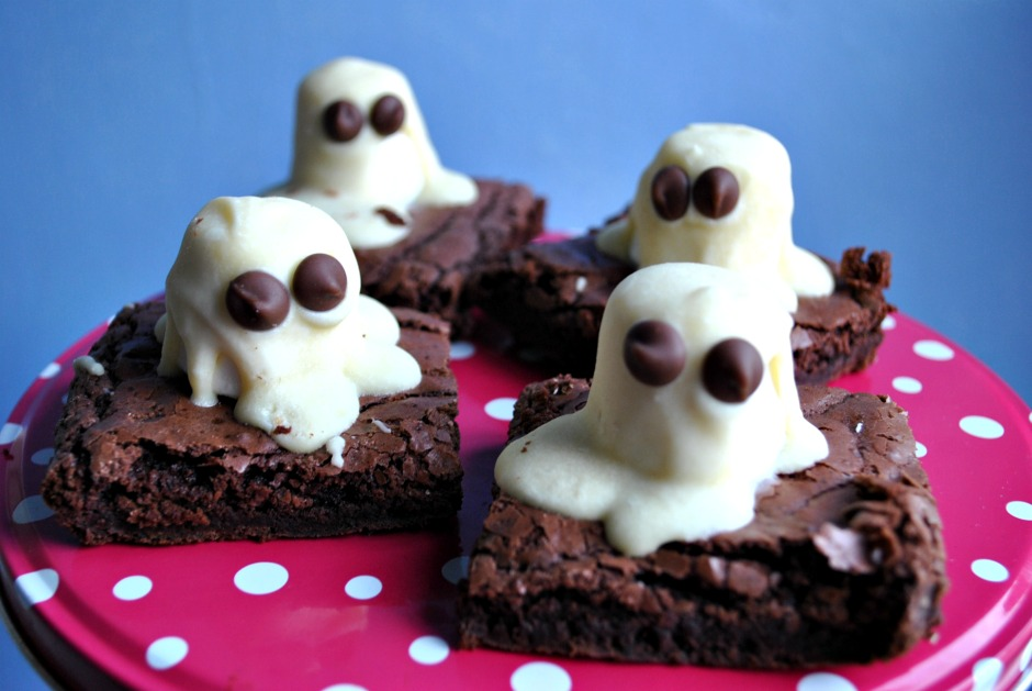 halloween-ghost-brownies