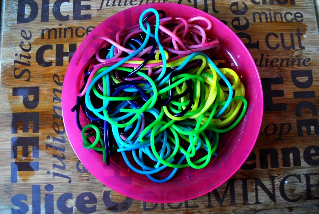 Toddler Treats – Rainbow Spaghetti