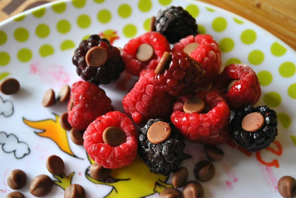 Toddler Treats: Choccy Stuffed Raspberries