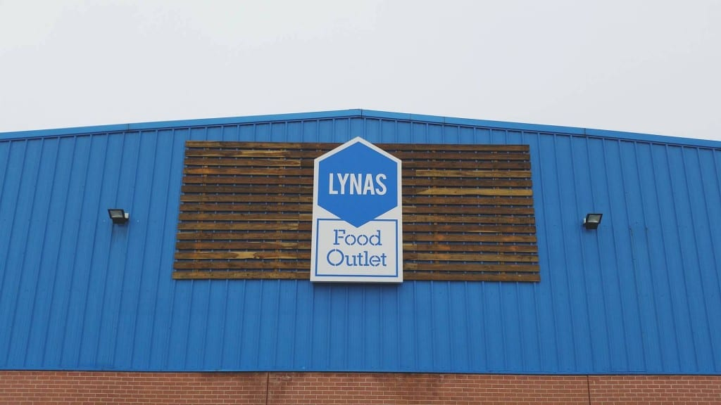 Saving money with Lynas Food Outlet – Review
