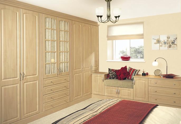 Classic-Bedroom-Built-in-Wardrobe-2