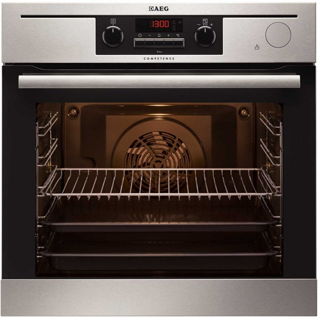 AEG Multifunctional Integrated Oven {inc. Steam function} with AO.com