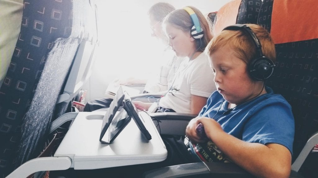 Flying-Kids-Holiday
