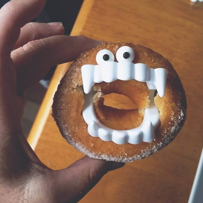 vampire-donut