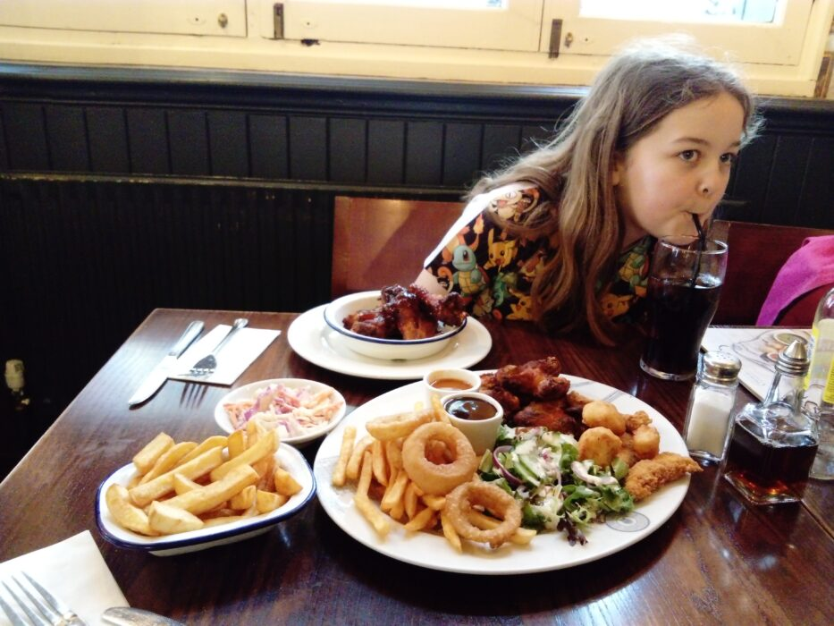 Mother's day pub dinner with daughter