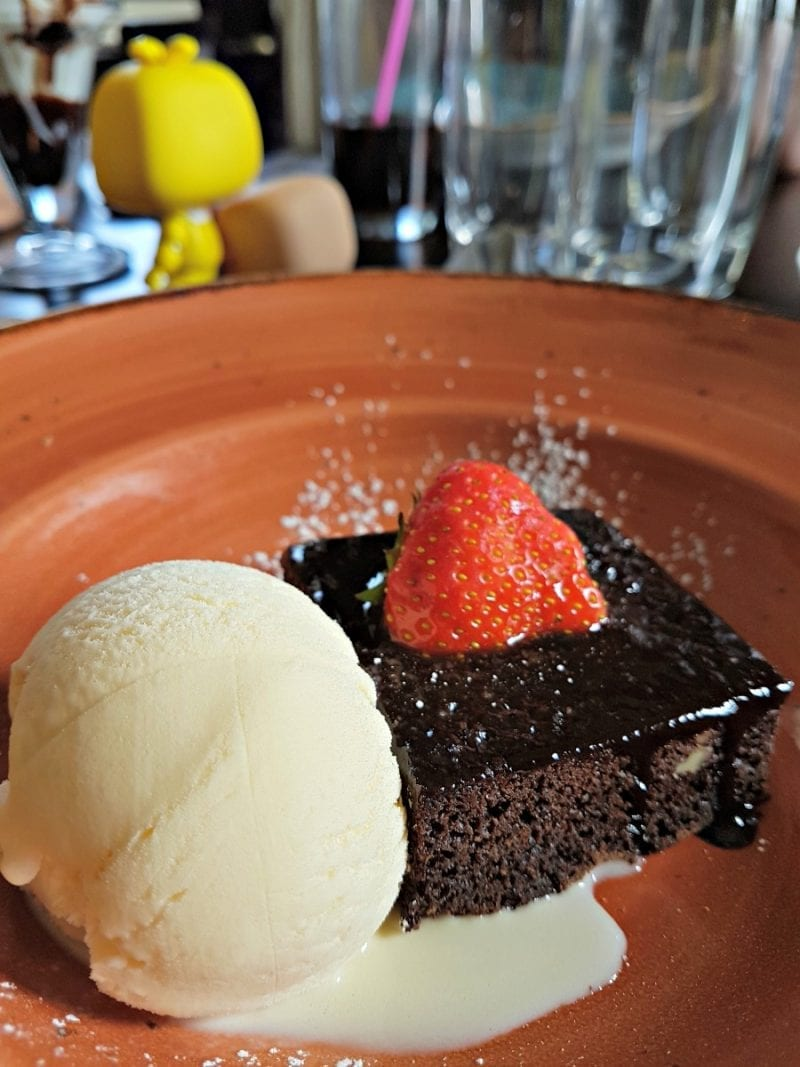 Click through to see more photos from our amazing lunch at The Causeway Hotel.