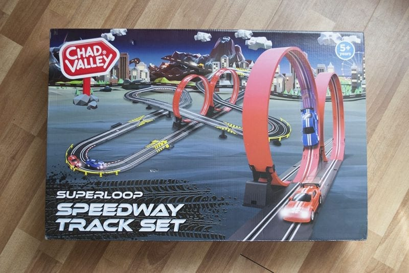 Click through to see more photos from our Superloop Speedway Track set from Chad Valley Review