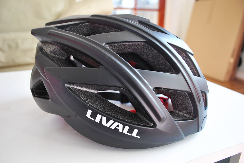 Being safe while cycling with the Livall Smart Helmet | Review