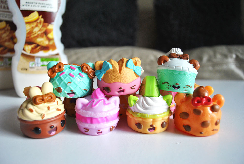 Celebrating Pancake Tuesday with Num Noms inspired pancakes | #NumNomsPancakeDay