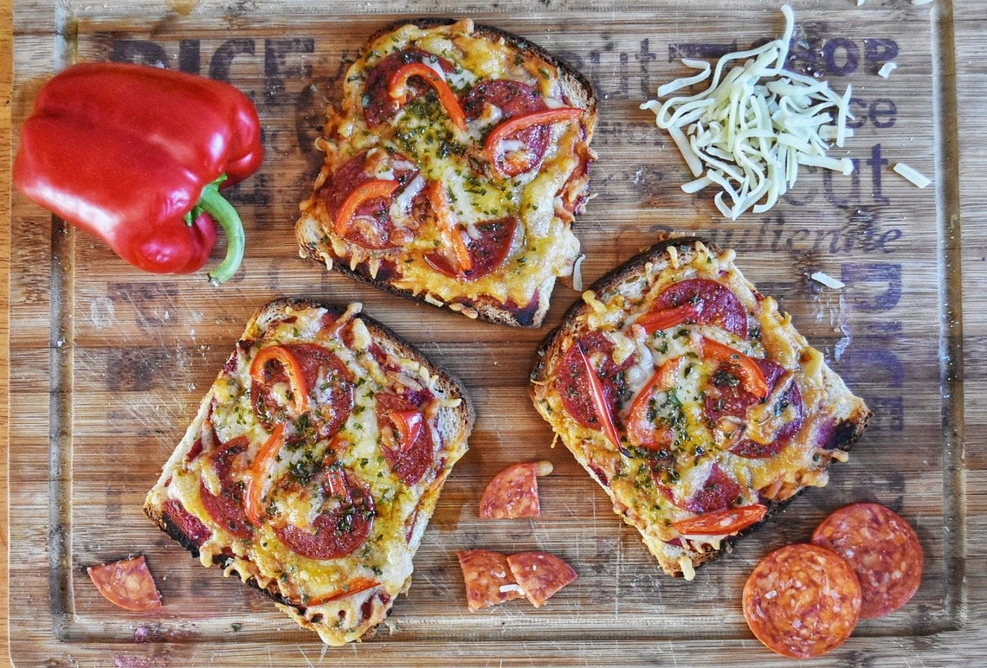 Easy Pizza Toast with National Bread Week 2018