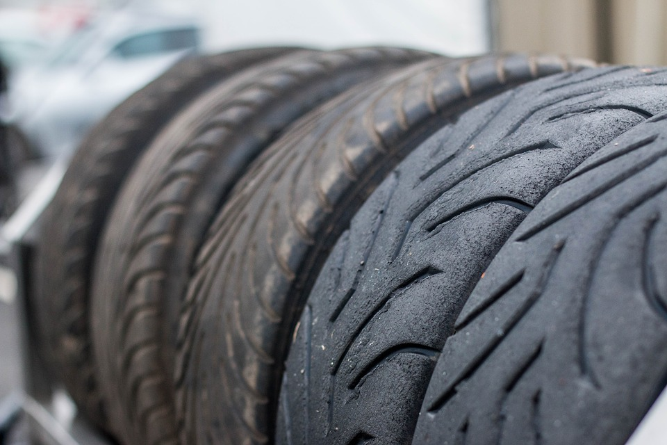 Long car journeys & looking after your tyres, with Kwik Fit