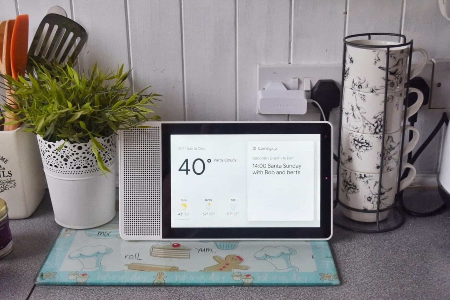 Lenovo Smart Display with Google assistant